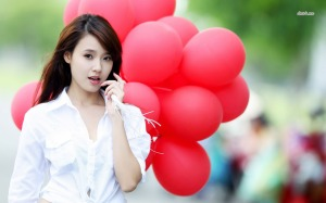 16379-girl-with-balloons-1280x800-girl-wallpaper